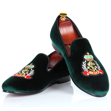 Harpelunde Green Men Dress Shoes Badge Motif Velvet Slippers Comfortable Loafer Shoes Handmade Size 7-14