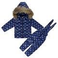 Nieve del invierno del bebé traje de Niño en el suelo de algodón overoles coat + juegos de los niños abajo Trajes de Esquí Conjunto Verdaderos cuellos de piel Niñas niños abajo conjuntos