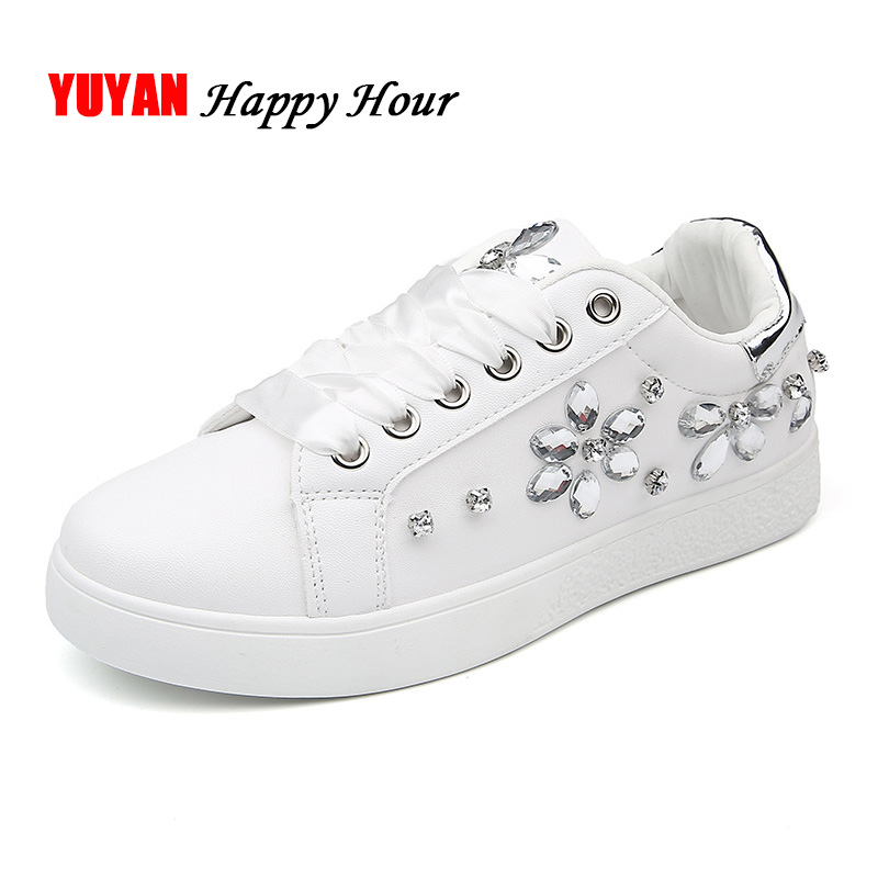 Fashion Sneakers Women Casual Shoes Flat Rhinestone Soft Women's Flats Brand Ladies Sneakers Shoes Big Size Pink Black White
