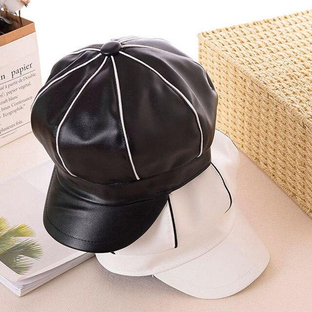 Musim Gugur Musim Dingin Wanita Kulit Tukang Koran Topi Wanita Fashion  Oktagonal Topi Klasik Hitam Putih bfaa317f87