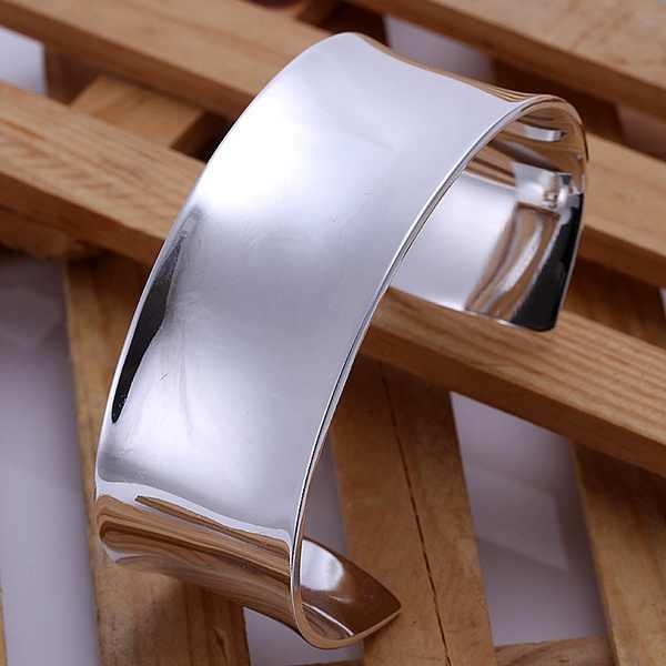 Silver color exquisite luxury gorgeous fashion smooth bracelet noble wedding solid charm Silver jewelry birthday gift B042