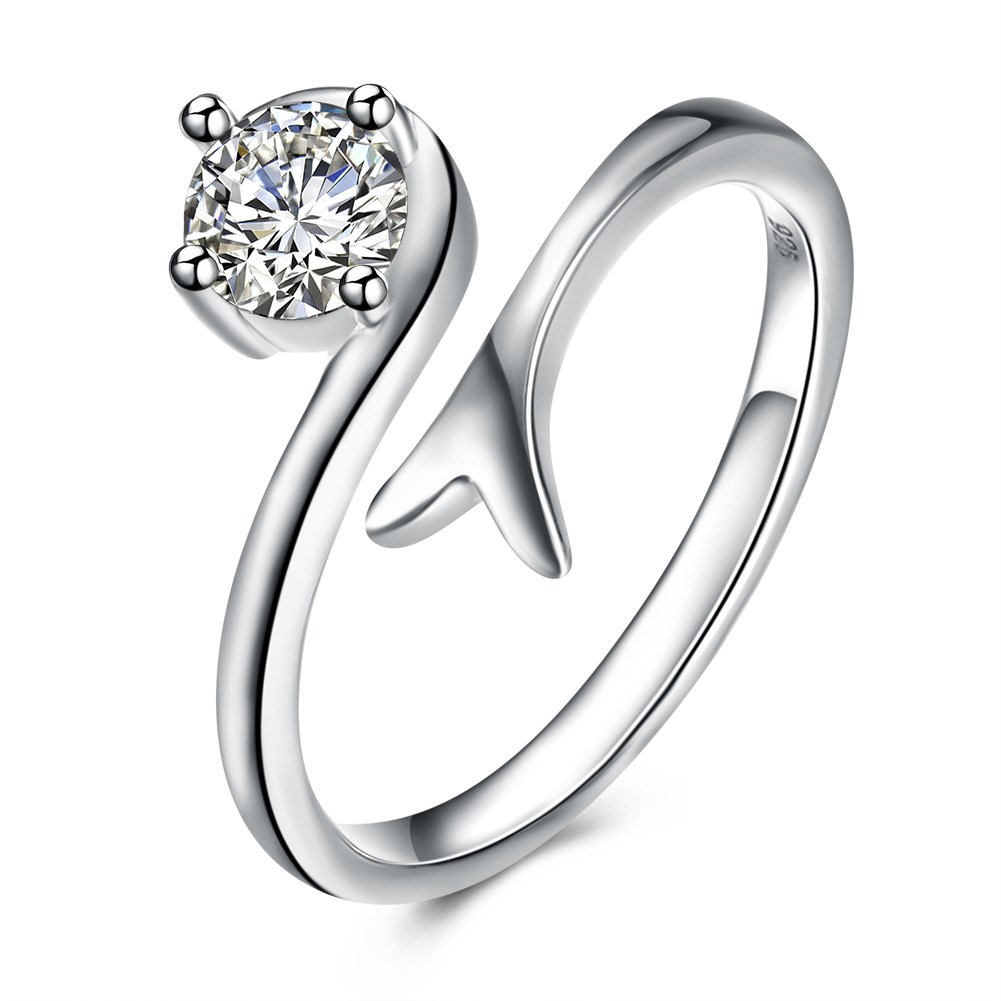 Stainless Steel Silver Plated Fashion trendsetting rings into the wholesale of e-commerce Fashion trendsetting rings int