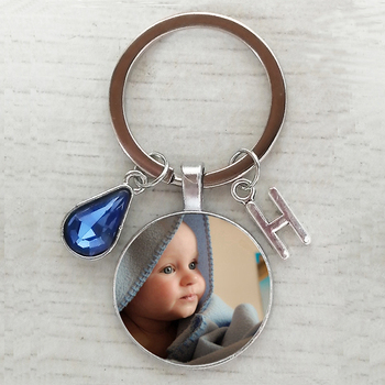 2020/2021 new hot handmade birthday name key chain photo child mom dad a family photo of a gift Crystal keychain Letter keychain