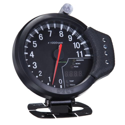 цена на HOT 4.7 3-IN-1 Tachometer, Water Temp Gauge, Oil Pressure Auto Gauge Odometer high quality free shipping