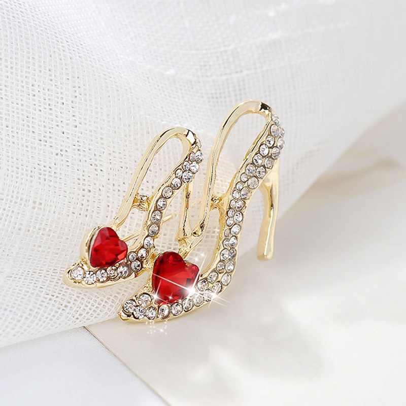 Moda Kristal Kalp şekilli Yüksek Topuk Broş Kadın Kırmızı Emaye Sandalet Broş Korsaj Klipleri Takım Elbise Eşarp Elbise Takı pimleri