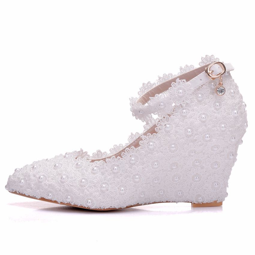 Crystal Queen White Flower Wedding Shoes Lace Pearl High Heels Sweet Bride  Dress Shoes Beading Wedges Shoes 8cm Women Pumps-in Women s Pumps from Shoes  on ... a520fb70e200