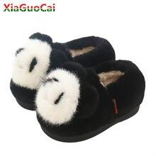Più nuovo Inverno Caldo Delle Ragazze Dei Ragazzi del Cotone Dei Capretti  Pantofola Bella Panda Patternl Scarpe Per Bambini Pelu. 3730d2b33a0