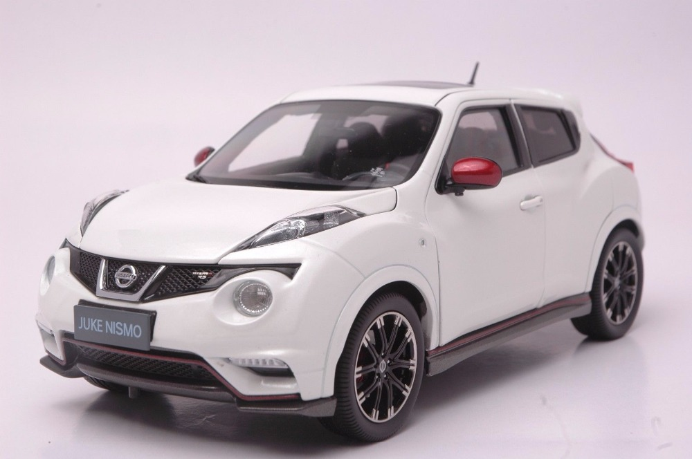 1:18 Diecast Model for Nissan Juke Nismo RS 2014 White Alloy Toy Car Miniature Collection Gifts autoart 1 18 nissan alto skyline nismo s1 alloy model car page 5