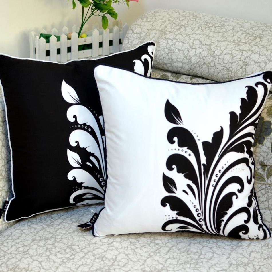 침대를위한 45 * 45 cm 가정 장식적인 고품질 흑백 잎 꽃 방석 상자