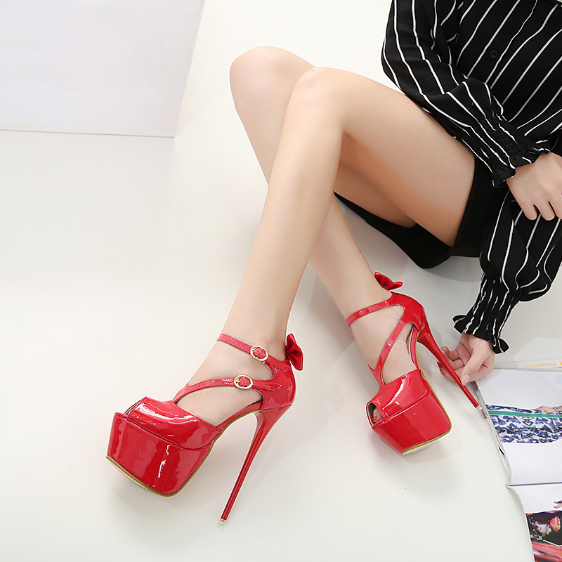 2018 spring fashion new girls stiletto super high heel fish mouth 8 cm sandals female red European and American women's shoes.