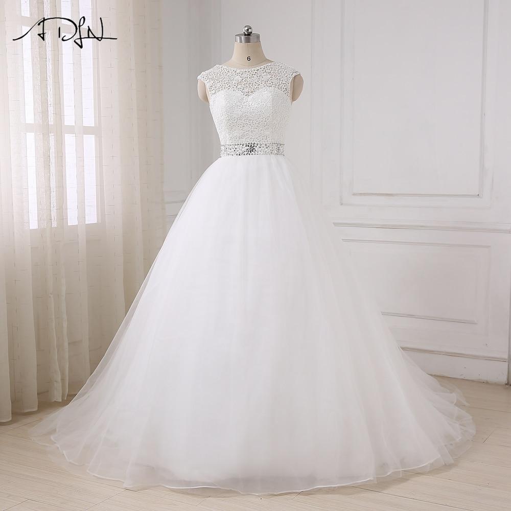 ADLN Na zalogi Poceni poročne obleke Princess Cap rokavi z perlicami v obliki perila Zapeti poročne poročne obleke Back Bow