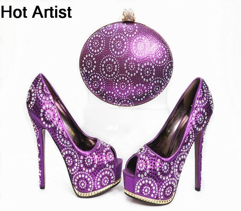 ร้อนศิลปินแฟชั่นอิตาลีRhinestoneลูกปัดรองเท้าและชุดกระ