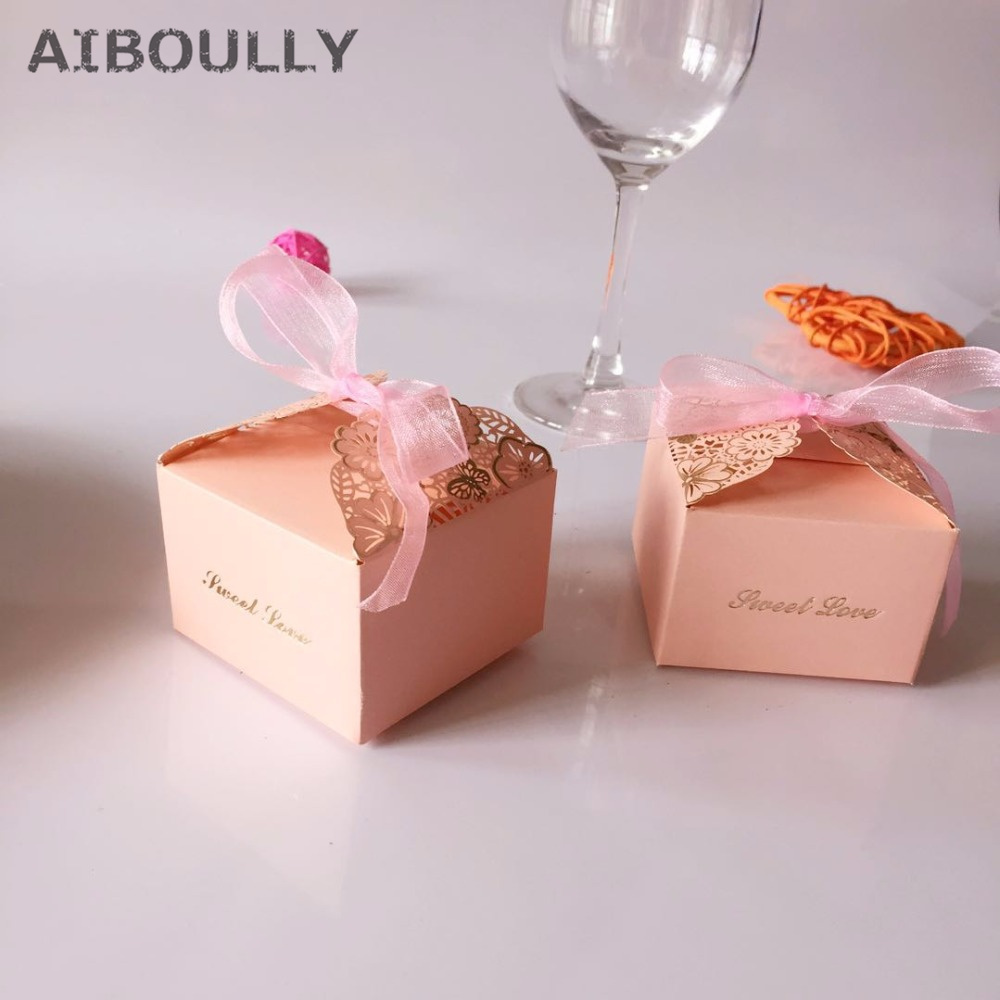 50pcs/set Romantic Wedding favors Decor DIY Candy Cookie Kraft Paper Baby Shower Gift Boxes Wedding Party Candy Box with Ribbon