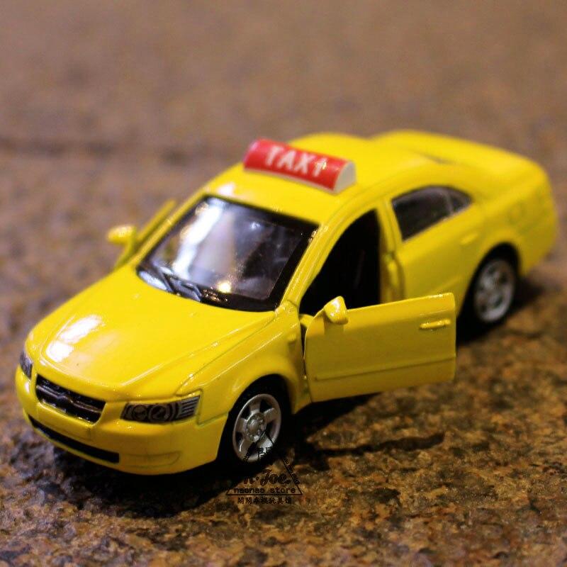 1:64 Alloy Car Model Hyundai Taxi Back To The Car Sports