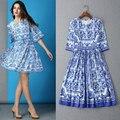 2015 европа любовные чувства восстановление древних путей синий и белый фарфор печать с плиссированные платья мода взлетно-посадочная полоса выглядит