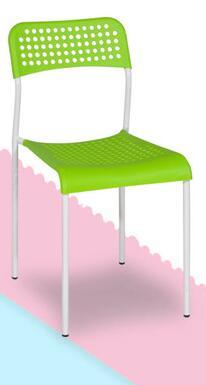 Sedie di plastica. mangiare sedia. la parte posteriore di una sedia ...