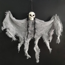 цена на Creepy Skeleton Face Skull Head Hanging Ghost Decoration Horror Haunted House Halloween Props Supplies  декор