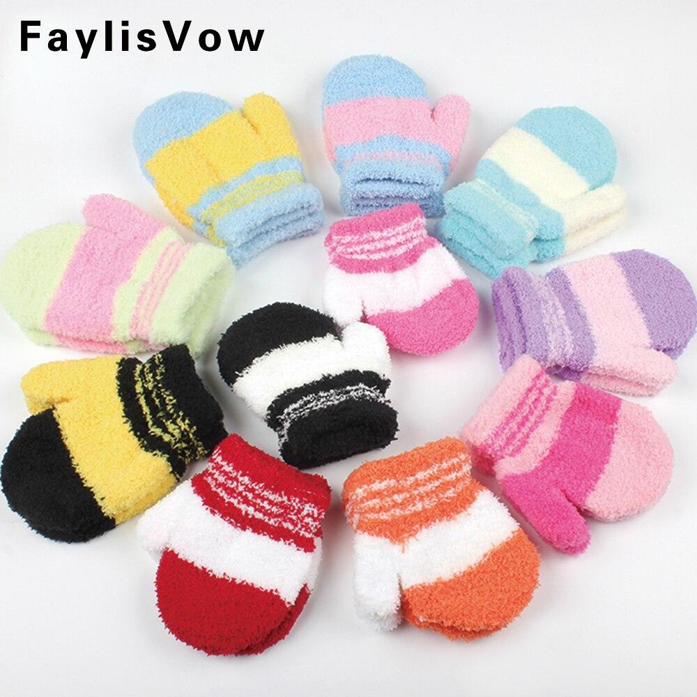 Baby Winter Warm Plush Gloves Children Coral Fleece Knitted Mittens Kids Boys Girls Soft Colorful Striped Full Finger Gloves все цены