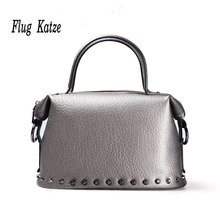 2015 the new European ladies fashion trend of big shoulder bag rivet Messenger bag bulk bag cow Leather women  handbags цена 2017