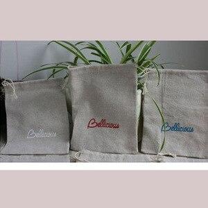 """Image 3 - 100 kişiselleştirilmiş Logo keten çanta 9x12cm (3 4/8 """"x 4 6/8"""") baskı alıcı tasarım veya şirket mağaza adı jüt hediye kesesi"""