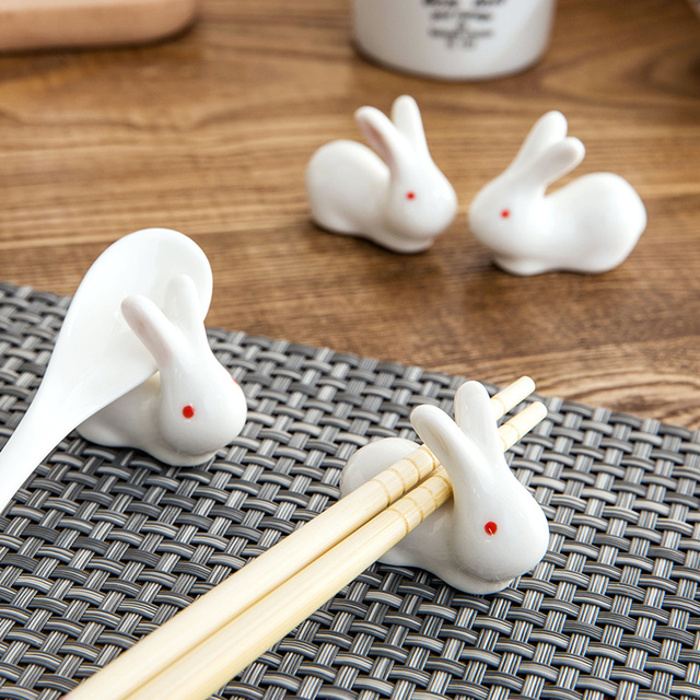 1 set Zakka Cute  ceramic  Chopstick Stand Rest spoon holder Chop stick holder home decor kitchen organizer 6