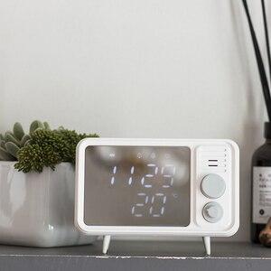 Image 4 - Горячая многофункциональная ретро форма, ТВ будильник, лампа, зеркало, многофункциональные зеркальные часы, термометр, кровать, часы серый, синий