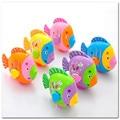 Gift 2pcs Children's Swing Cartoon Fish Manmade Swing Tail Fish Clockwork windup Toys
