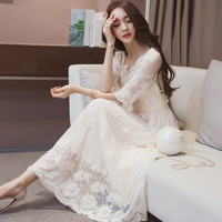 2017 New Spring Female Korean Fashion Slim Lace Dress Dress And A Beach In Summer