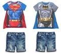 Бесплатная доставка 2015 новый мальчик комплект детей горячие саммерс супермен бэтмен футболки + плащ + джинсы костюм-тройку детские детская одежда