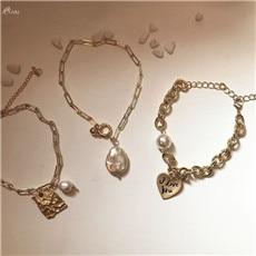 AOMU-Minimalist-Alloy-Heart-Letter-Bracelet-Anklet-Imitation-Pearl-Bracelets-For-Women-Geometric-Metal-Bracelets-Bangles