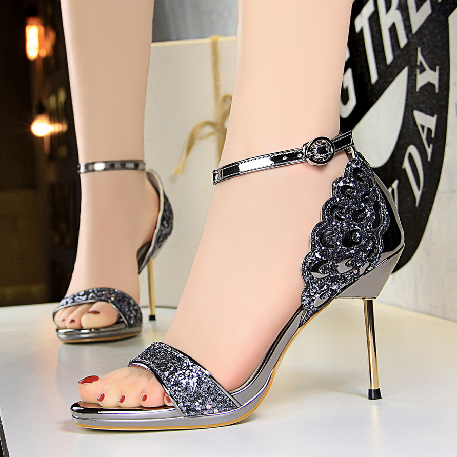 Extrem Sexy Women Shoes Female High Heel Sandals 2018 New Ladies Thin Heels Sandals Fashion Bling Cover Heel Wedding Party Shoes цена