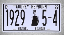 1 pc Audrey Hepburn Hollywood actress film movie Tin Plates Signs Brussel wall man cave Decoration Metal Art Vintage Poster