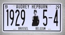 1 pc Audrey Hepburn Hollywood actress film movie Tin Plates Signs Brussel wall man cave Decoration Metal Art Vintage Poster стоимость