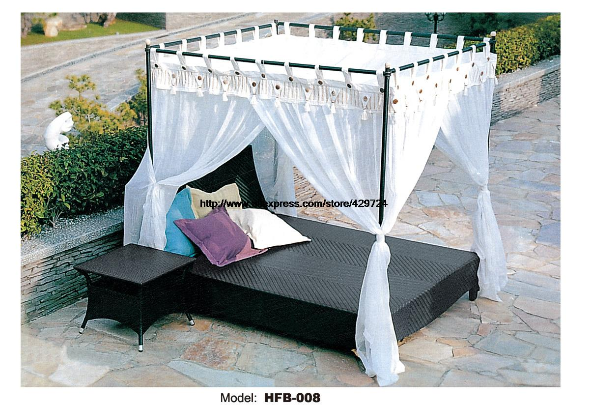 Leisure beach swing pool sofa bed pe rattan lying bed sofa for Pool canopy bed