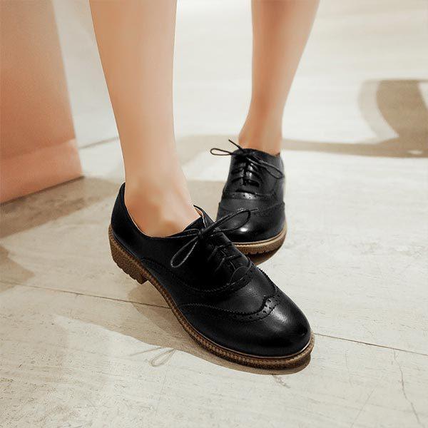 chaussures femme vintage. Black Bedroom Furniture Sets. Home Design Ideas