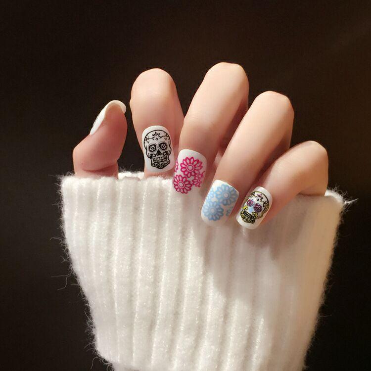 Fashion Punk Fake Nails Cool 24pcs Jinx Skull Style Oval Short Nails ...