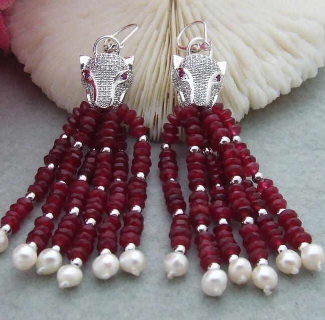 Boucles d'oreilles en argent avec perle rouge à facettes et perle blanche