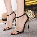 Сексуальные женщины высокой пятки сандалии платье партии свадебные туфли конфеты цвет лодыжки ремень женщины насосы открытым носком летние сандалии женщин