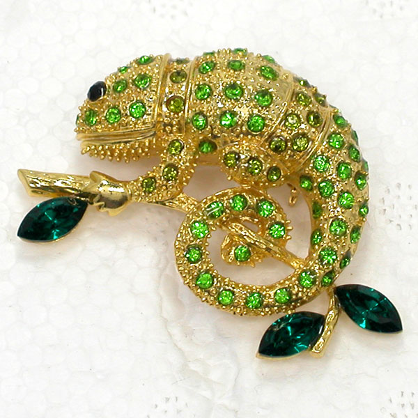 12pcs lot Wholesale Animal Jewelry gift Brooch Rhinestone Marquise Chameleon Reptile Pin brooches C101658
