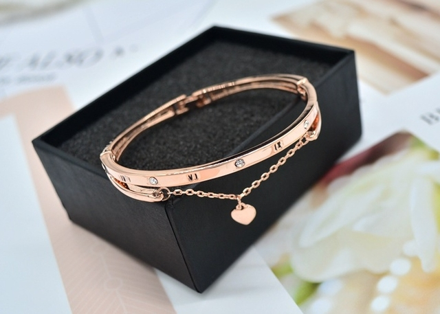 Romantic Two-Colored Women's Bracelet with Heart-Shaped Pendant