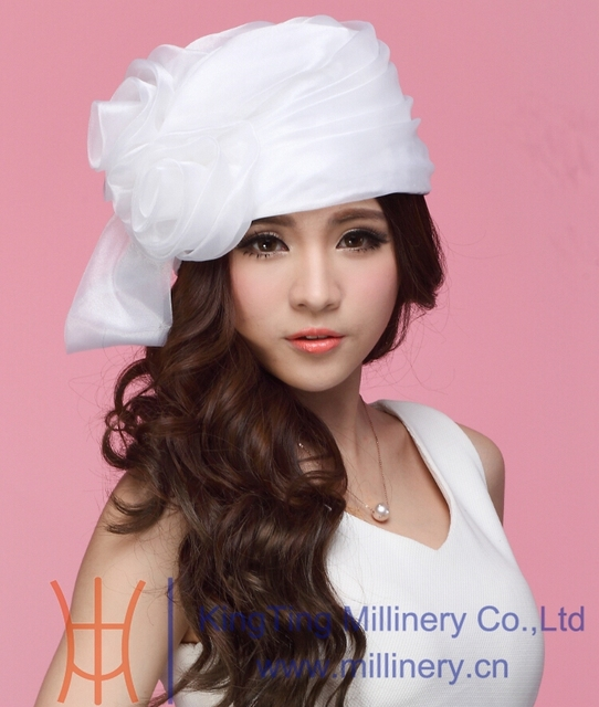 1d9f0aba961 Hot New Sexy Derby Wedding Organza Hats Church Cloches Women s Fashion  Sunhat White Flower Accessory Girl s Amazing Cloches Hat