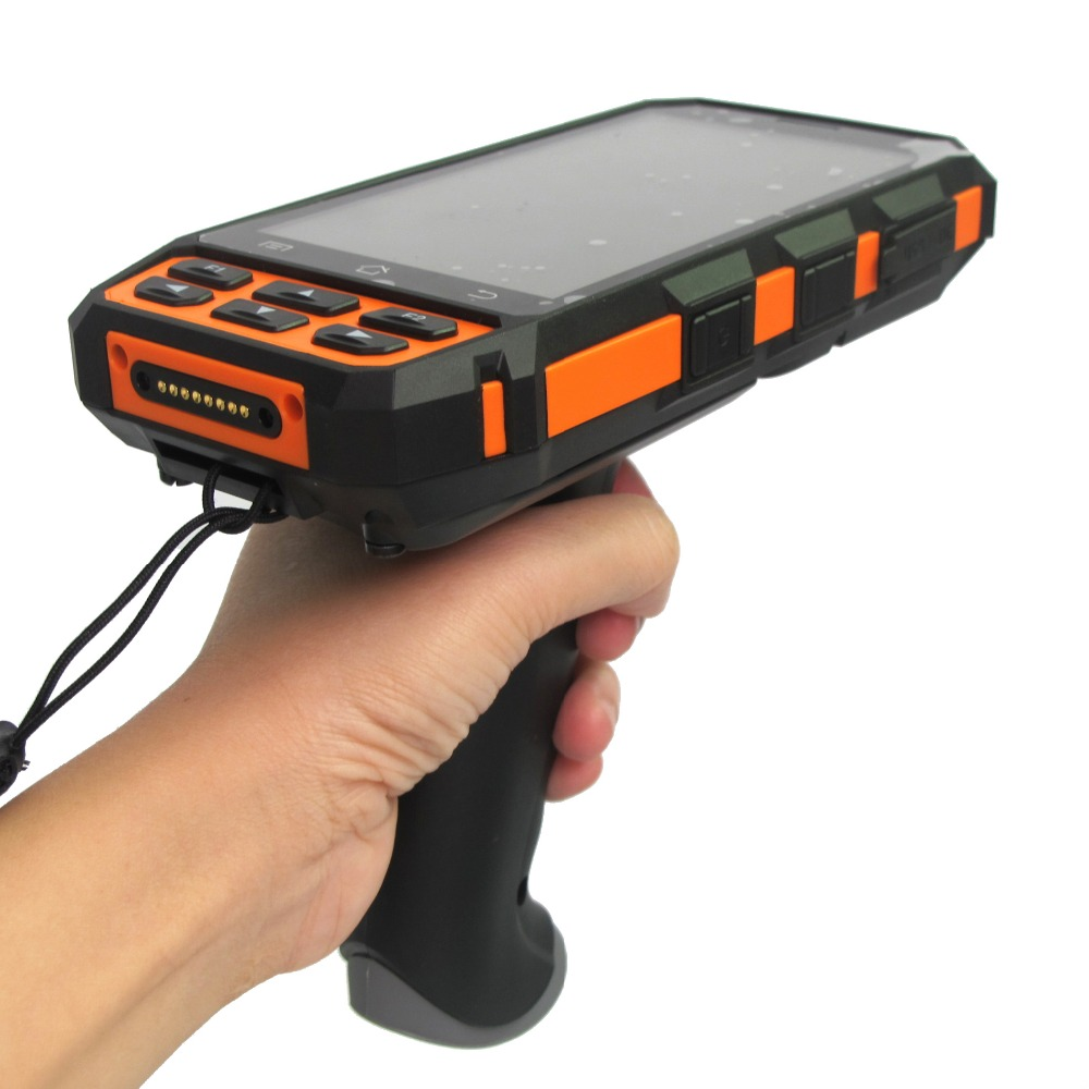 High Quality 5 Mobile Wireless 4G WIFI Android 7.0 Handheld 1D 2D Barcode Scanner with Pistol Grip Carry Case Charging Cradle 2d wireless barcode area imaging scanner 2d wireless barcode gun for supermarket pos system and warehouse dhl express logistic