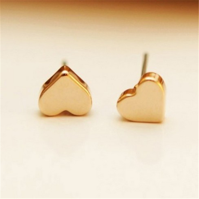 2017 Top Ing Stud Earrings Tiny Heart Shaped Studs For Women Lovely Fashion Earings