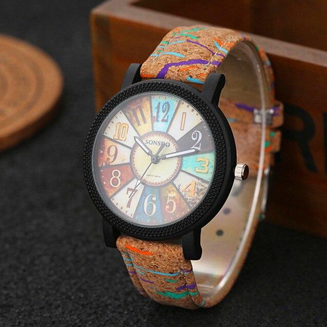 Nouveau simuler bois montre hommes quartz hommes sport Montre-Bracelet Mode décontracté En Cuir Montres Neutre Horloge haute qualité relojes