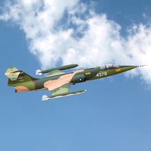 Электрический радиоуправляемый самолет F104 F-104 70 мм edf реактивный самолет