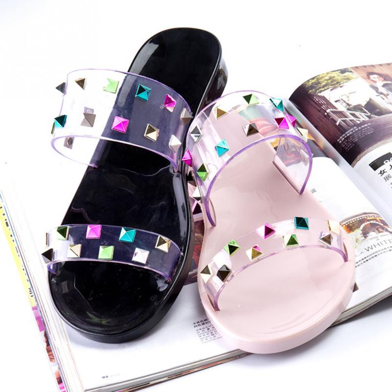 b30ffe7d953cde Aliexpress.com   Buy Favolook Women Summer Jelly Flat Sandals Rhinestone  Crystal Shiny Casual Fashion Female Beach Shopping Flip Flops Girls Ladies  from ...