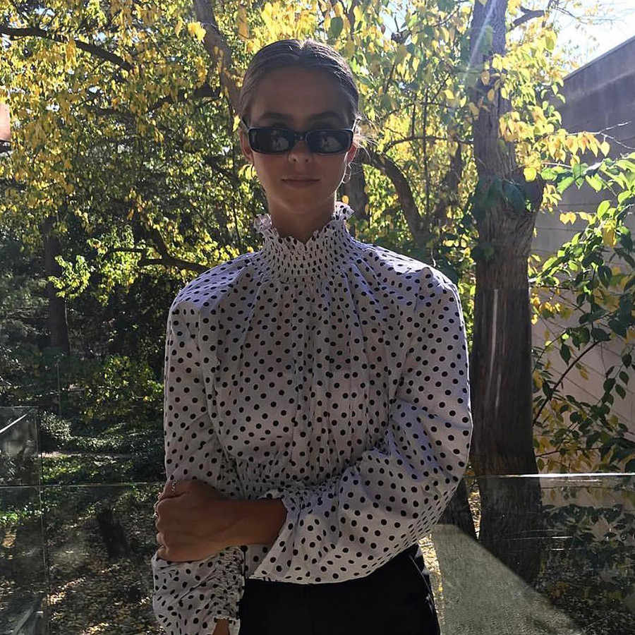 Macheda Женская укороченная блузка с оборками в горошек с пышным длинным рукавом тонкая модная рефленная рубашка с высоким воротником