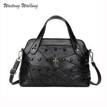 Luxus Frauen Taschen Einfache Designer Handtaschen Marken Schwarz Niet Umhängetasche Schaffell Bolsas Vintage Femininas Ledertaschen b041