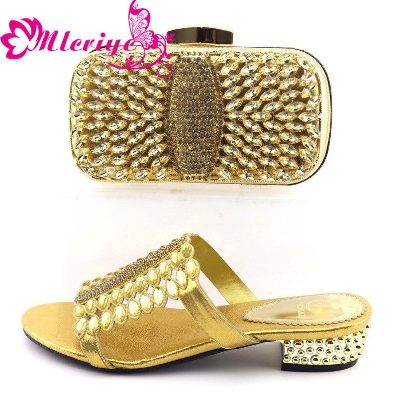 0730 nouveau été chaussures à talons bas pour femmes nigérianes femmes chaussures de mariage et sac ensemble décoré avec Appliques femmes chaussures