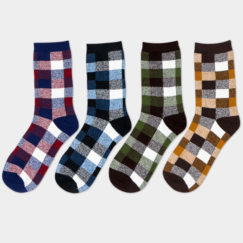new 4 pairs free shipping socks male combed cotton plaid casual British style small square colorful fashion business socks